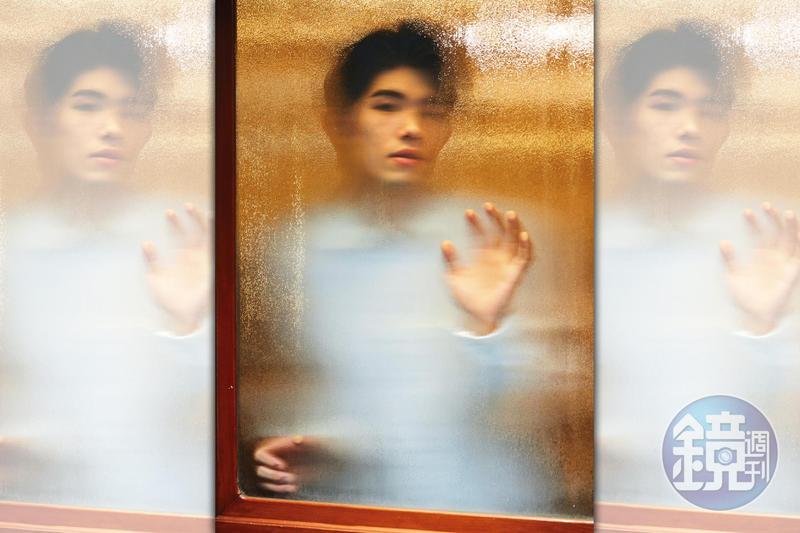 張耀仁曾長達1、2年沒有工作,對生活失去目標,看著窗外好天氣也沒有感覺。