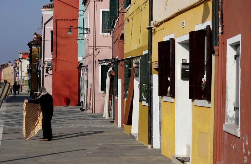 疫情急速擴散下,義大利人性格丕變,「彷彿整個國家突然發現了更深沉的另一面,變成一個更嚴肅的地方。」 (東方IC)