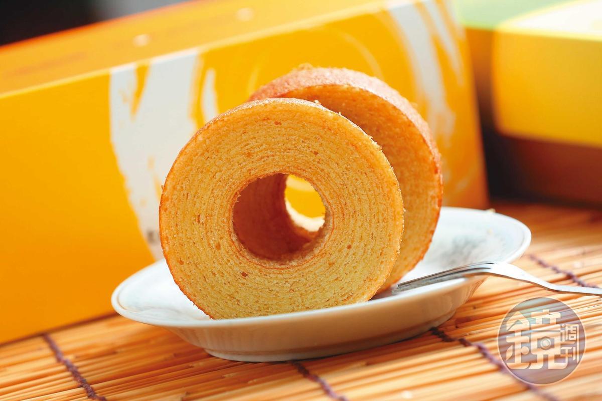 年輪蛋糕使用海藻糖,吃起來不過甜,還有蘭姆酒的香氣。(59元/個)