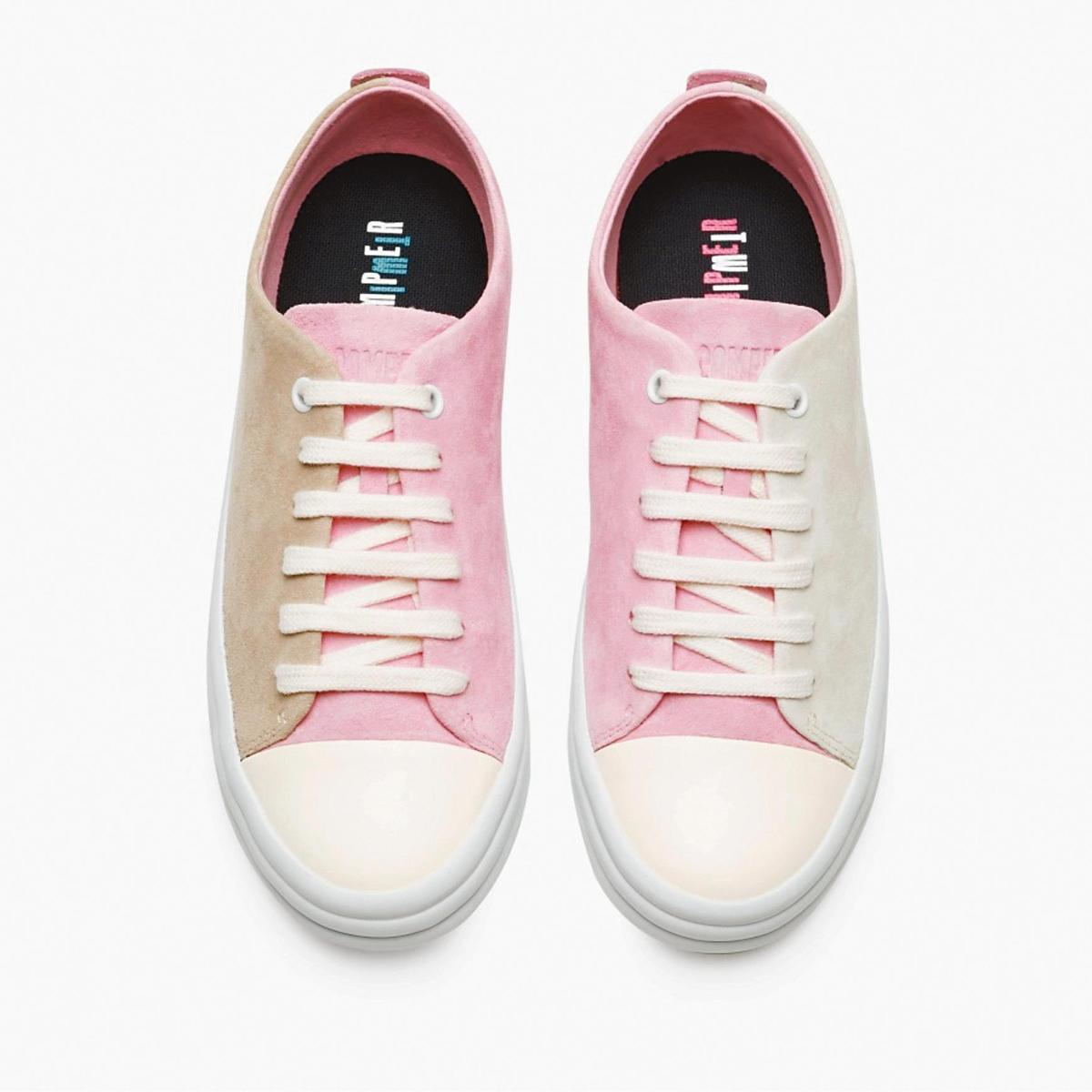 Twins米、粉紅拼色休閒鞋。NT$5,780