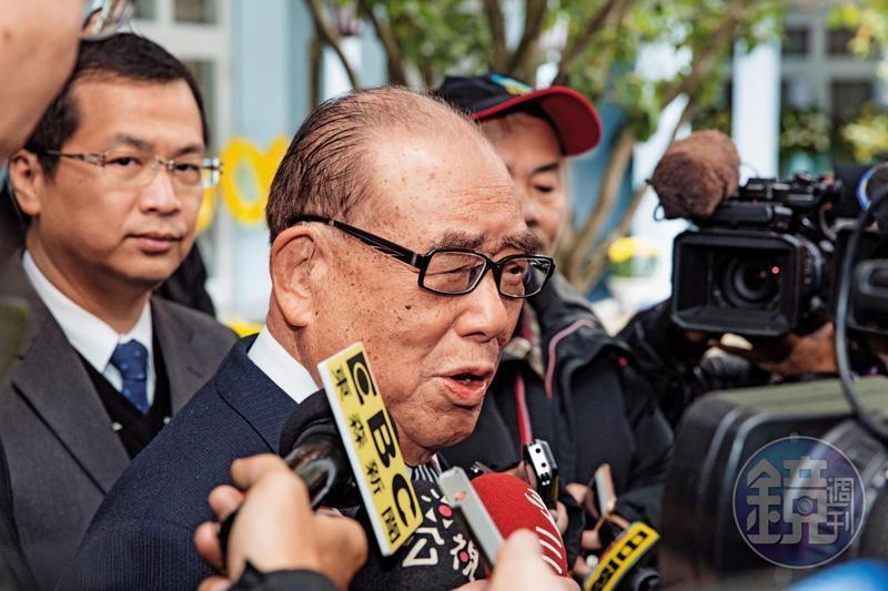 前行政院長郝柏村病逝三總,享嵩壽102歲。