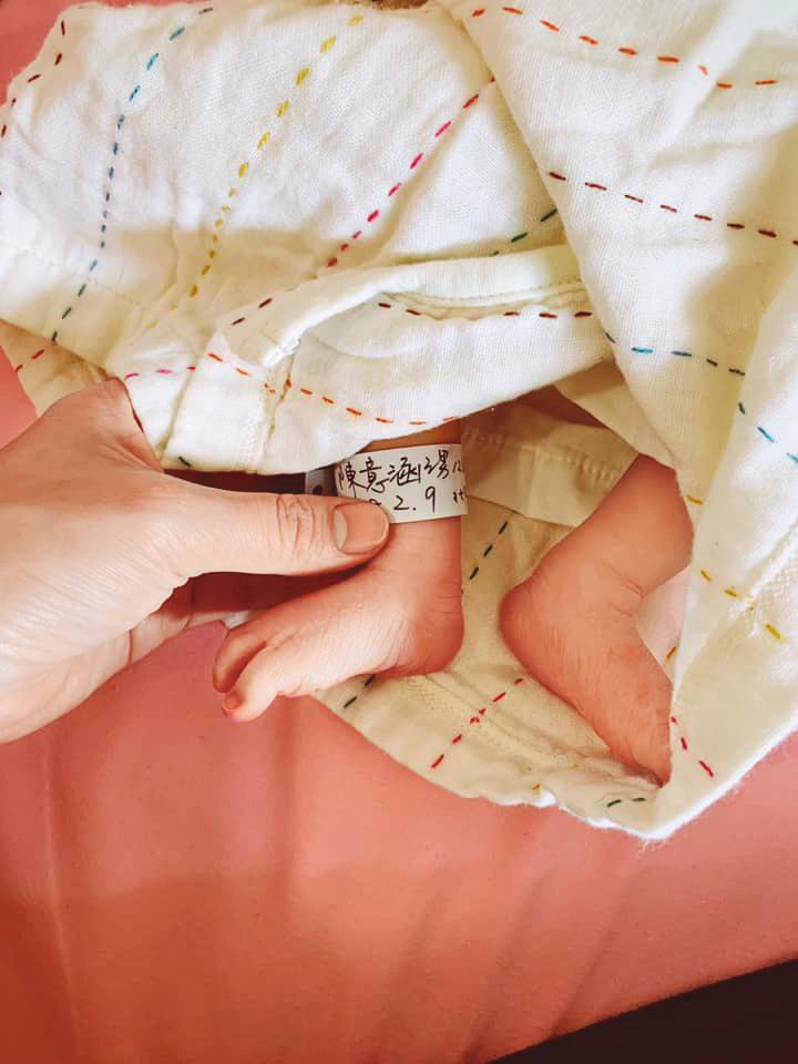 自從去年2月陳意涵當媽媽之後,便大幅減少工作,連和閨密好友們的互動也變少許多。(翻攝自陳意涵臉書)