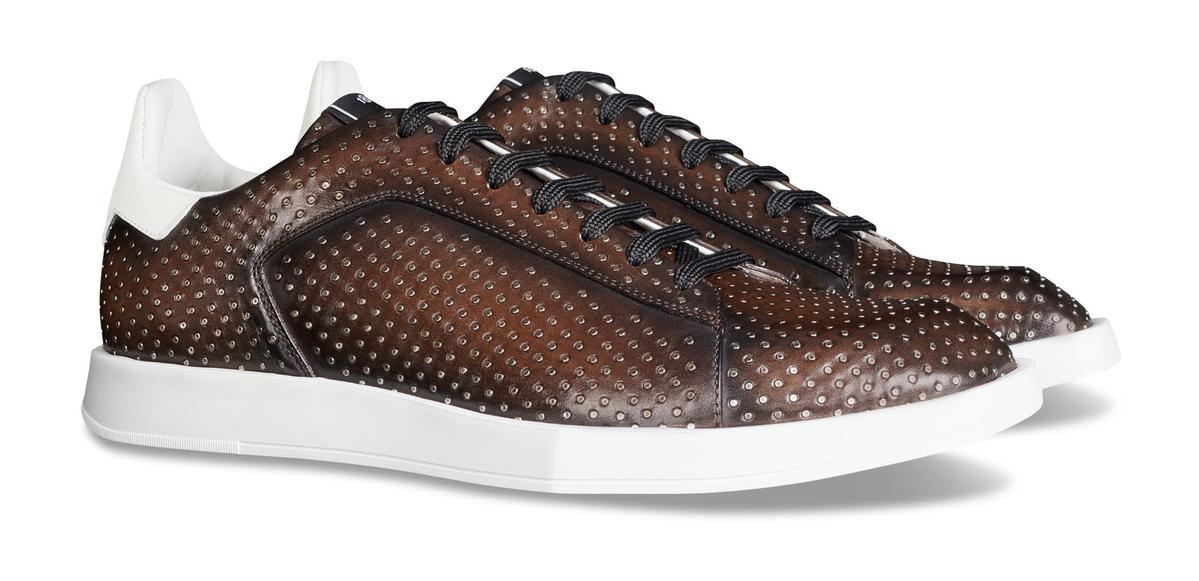 Stellar飾釘休閒鞋。NT$66,500(Berluti提供)
