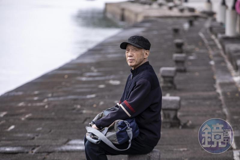 柳茂川念淡江大學時期,在淡水運籌帷幄,掌控竹聯大小事務。他說淡水是自己的風水寶地,至今仍一個人獨居淡水。