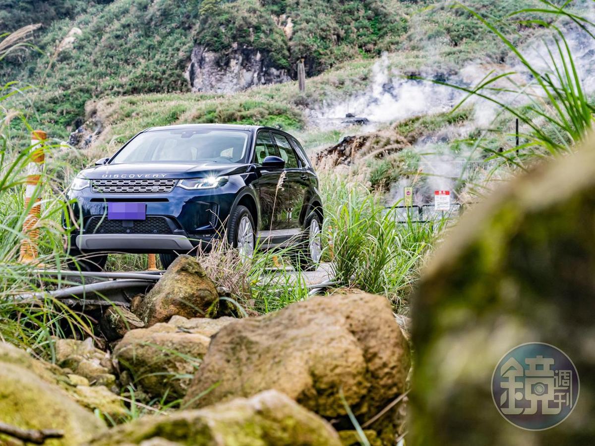 中型進口LSUV在國內市場雖然選擇不少,但如Discovery Sport這類可以安心載著全家人上山下海的車款卻不多。