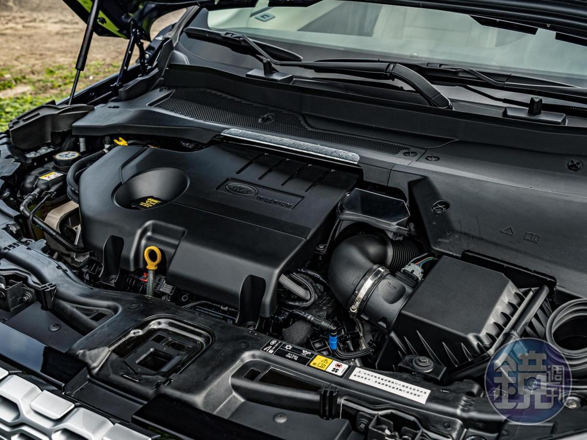搭載的Ingenium 2.0升直列4缸渦輪增壓柴油引擎靜肅性早已直逼汽油引擎,180ps馬力與43.8kgm扭力的輸出數據亦還算合理。