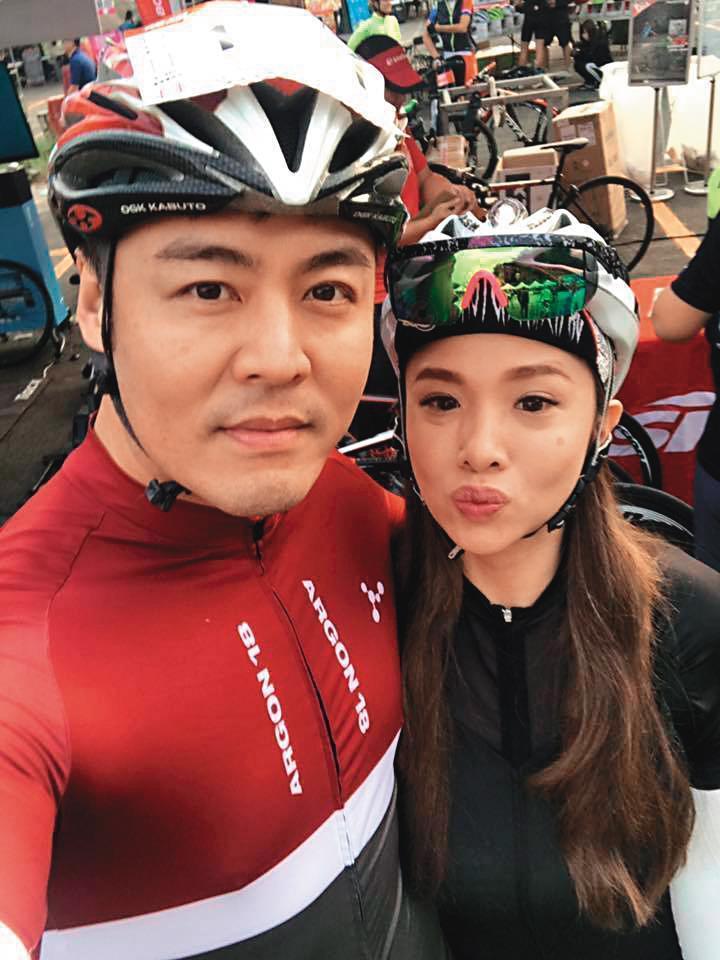 劉至翰與前妻Vivian認識10多年、2014年正式結婚,想不到2人婚姻只維持5年就離婚收場。(翻攝自劉至翰臉書)