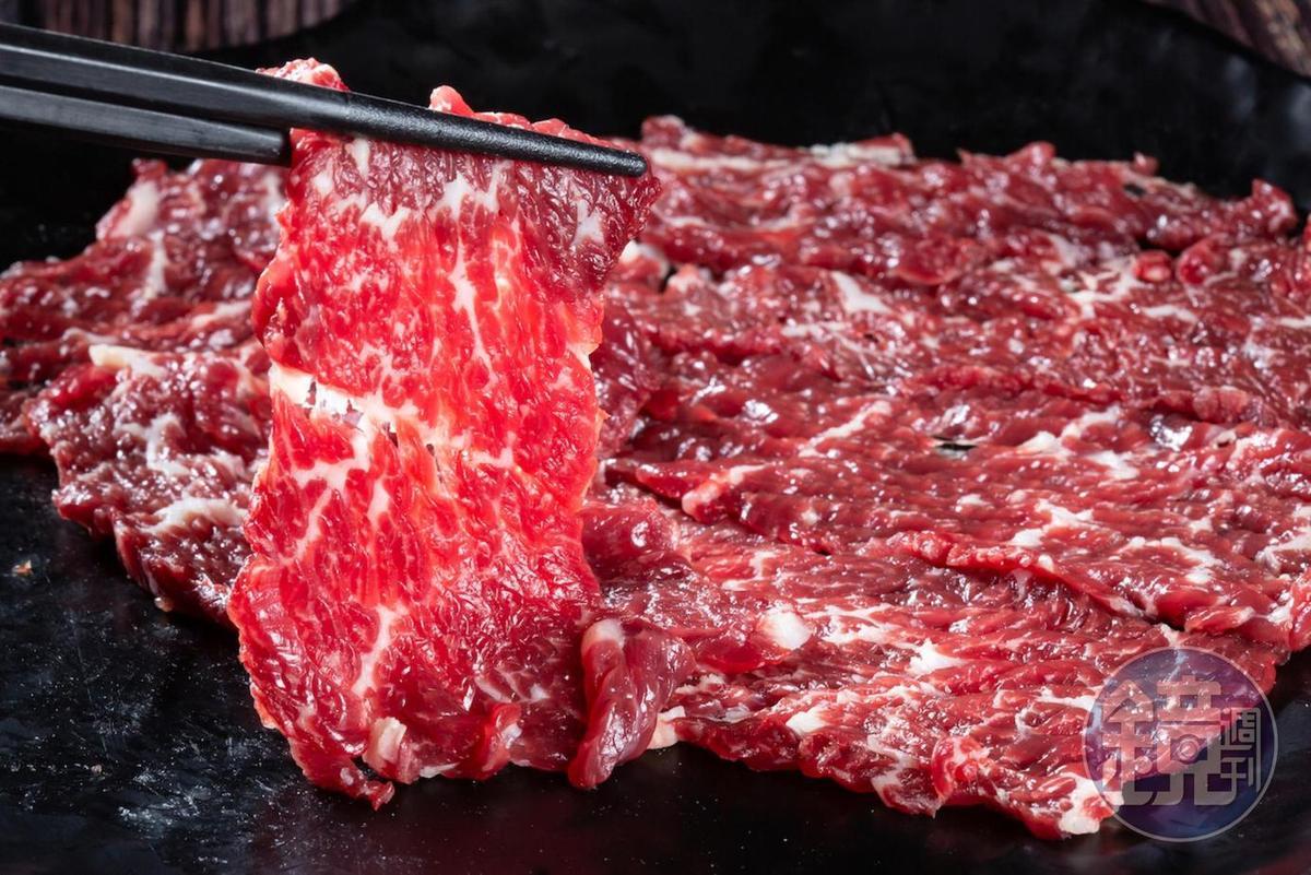肩胛肉是最嫩的部位。(300元/盤)