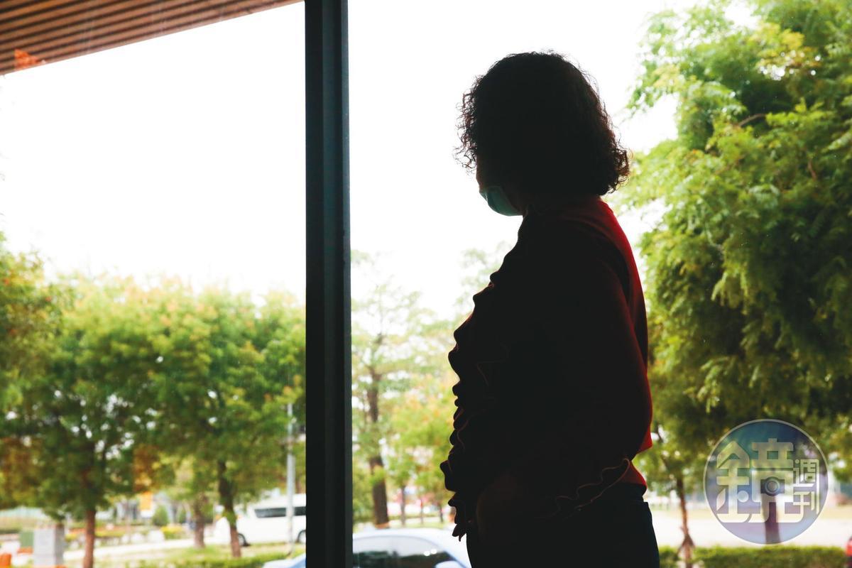 前信徒B母(圖)一開始不相信女兒遭少龍性騷,知道真相後十分自責。
