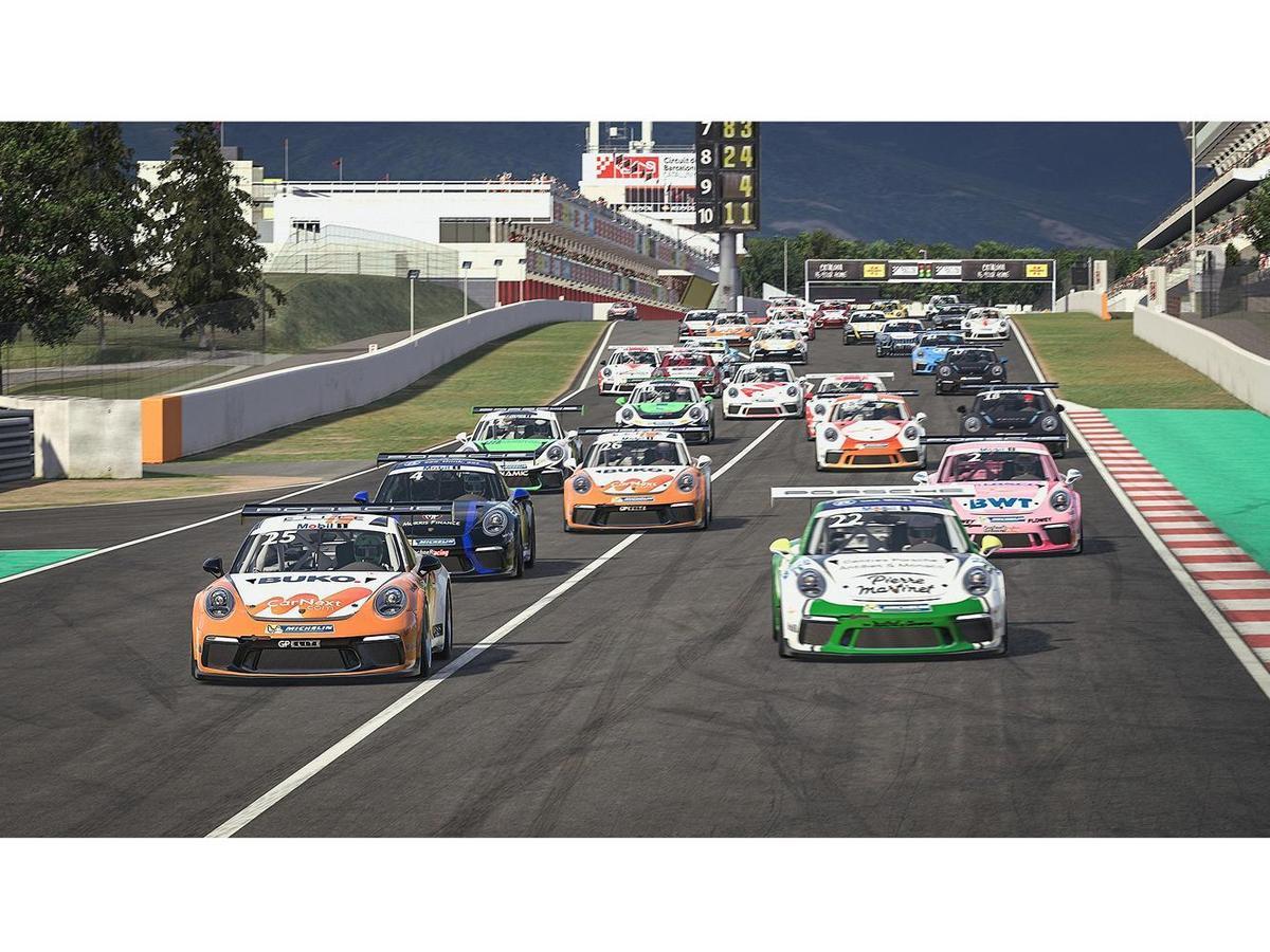 首場二連賽已於2020年4月4日於虛擬加泰隆尼亞賽道完賽(Circuit de Barcelona-Catalunya),共計31位車手參賽。