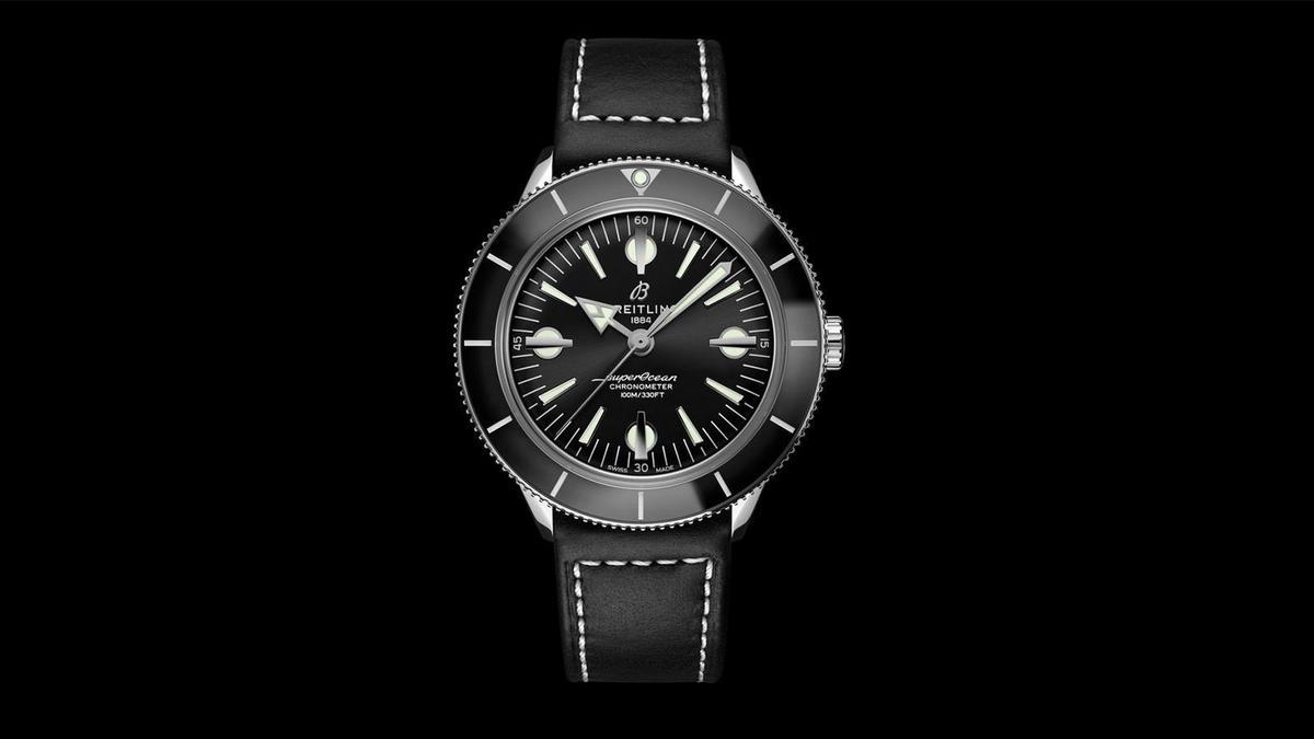 錶徑42mm、不鏽鋼錶殼、時間指示、自動上鏈機芯、防水100米、建議售價NTD 130,000