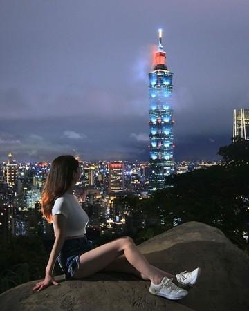 亞里沙今年2月就曾表示要來台灣學中文。(翻攝自IG)