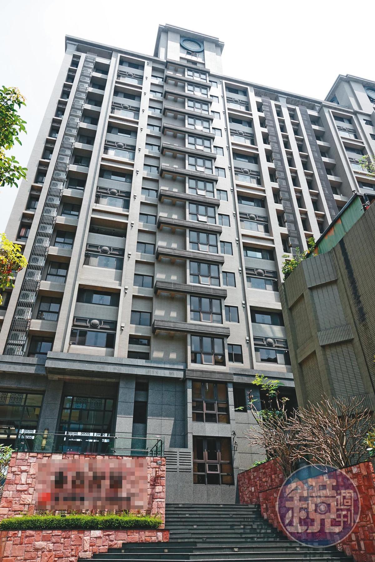 簡芳貞住在桃園蘆竹的高級豪宅(圖),該處也是吳彭弘跟簡固定約會的愛巢。