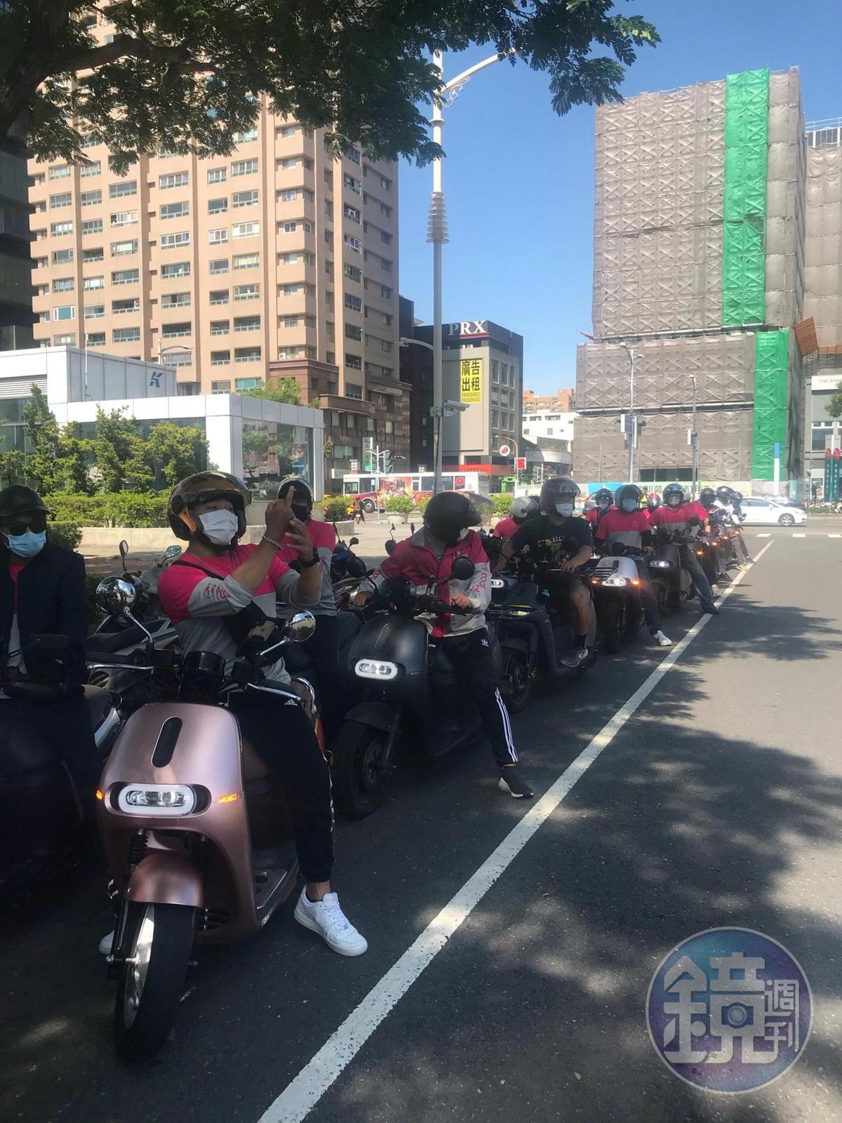 Gogoro業者未出面與抗議車主溝通,車主揚言不排除再上街抗議。(讀者提供)