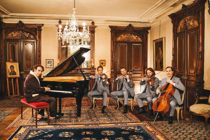 岡薩雷斯(左一)與殿堂級古典名團德國凱薩四重奏聯手演奏,為樂迷帶來一場場融合嘻哈與古典、無法歸類的另類演出。(前景娛樂提供)