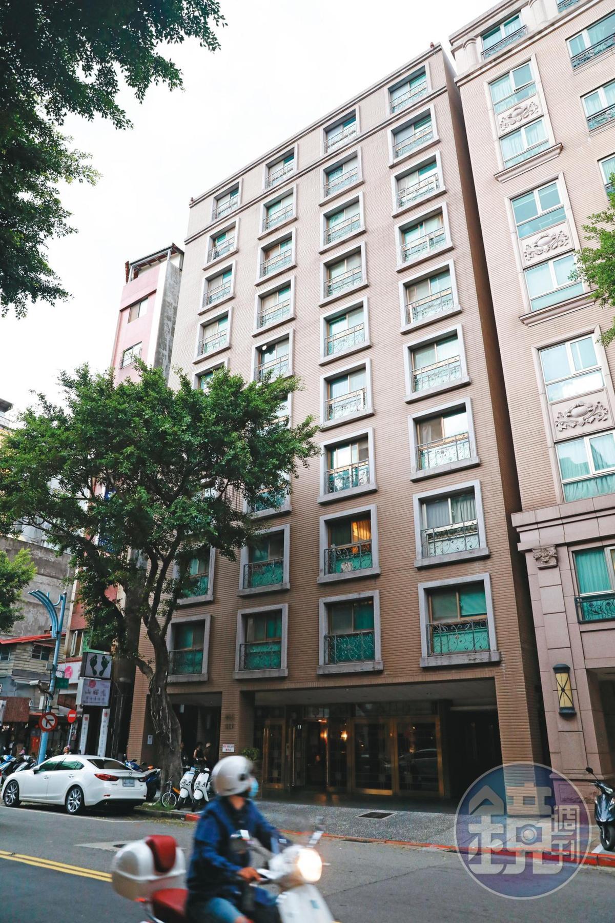 陳碧足4年前在台北市中山區林森北路購買華廈(圖),也在新北市三芝區購地,可說是「隱形富豪」。