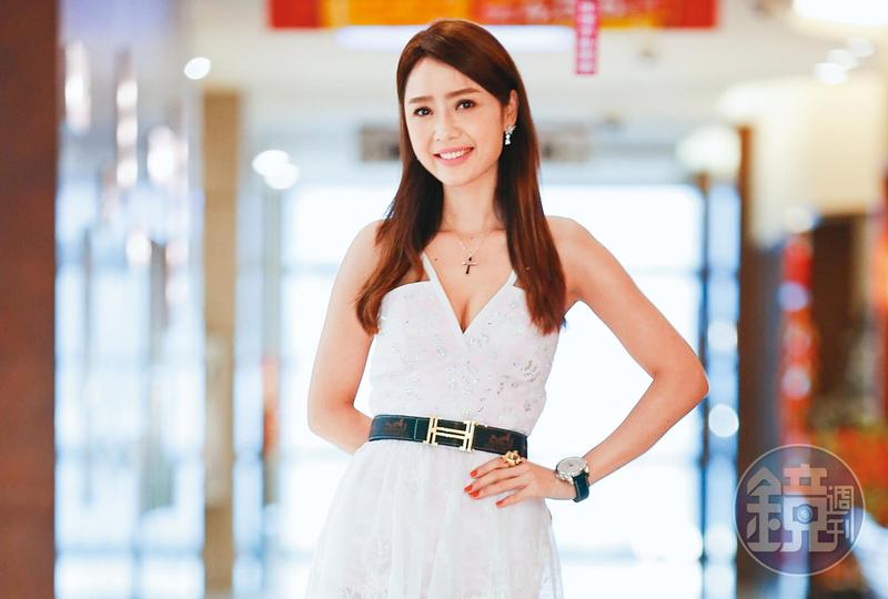 海倫清桃背景成謎,靠著「越南林志玲」的名號闖蕩台灣演藝圈。