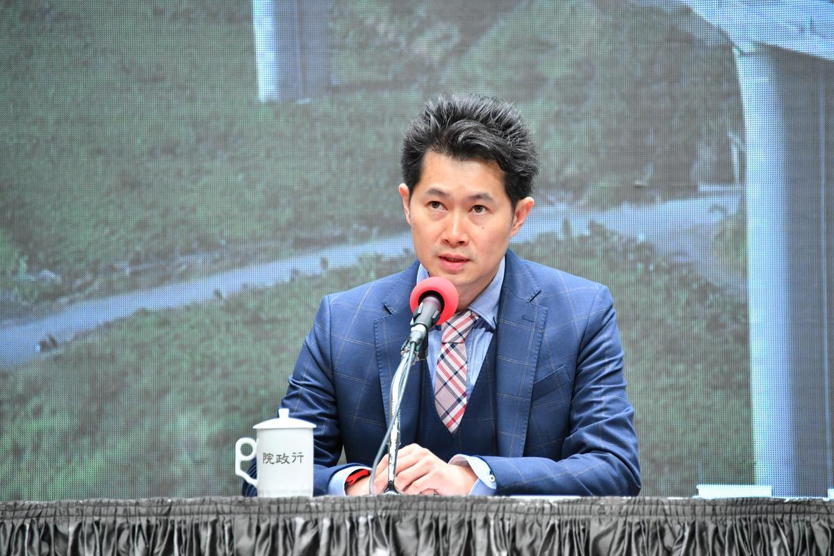 行政院準發言人丁怡銘今出席公布新內閣人事名單。(行政院提供)