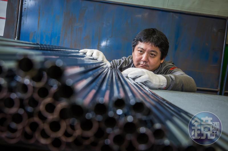 莊宇龍帶領集團旗下的「啟坤科技」拚上全球第2大高爾夫鐵桿身製造商,成功打造KBS自有品牌,搶攻高階市場。
