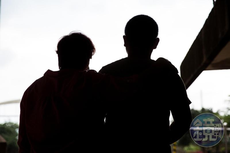 L姓球員與家屬控訴,校方未審先判,還逼簽和解書。
