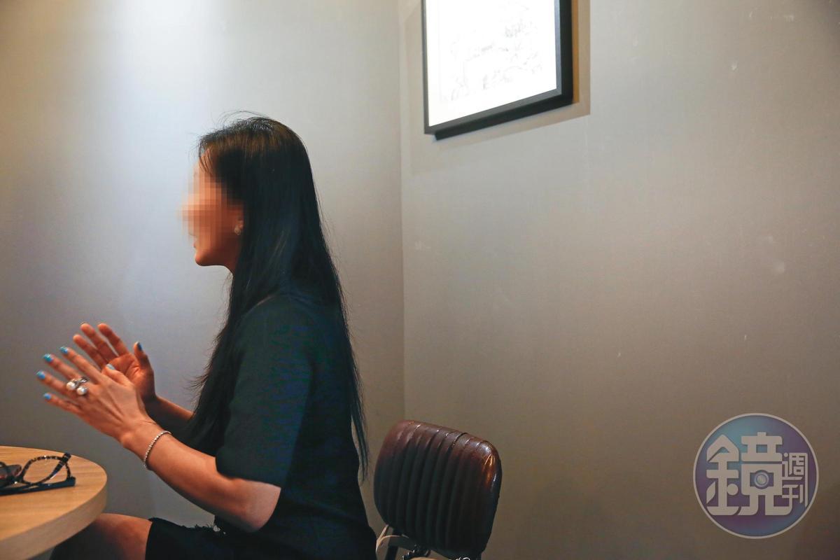 宇朕國際公司鄒小姐表示,舒子晨2018年12月底跟公司簽下2年的唱片合約及4年經紀合約,去年花700萬元發單曲EP,卻要求解約。