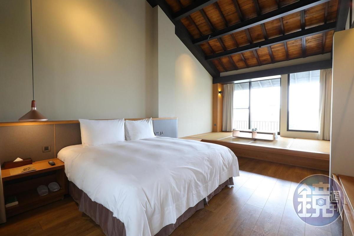仿日式老屋的屋簷,讓客房增添餘韻。