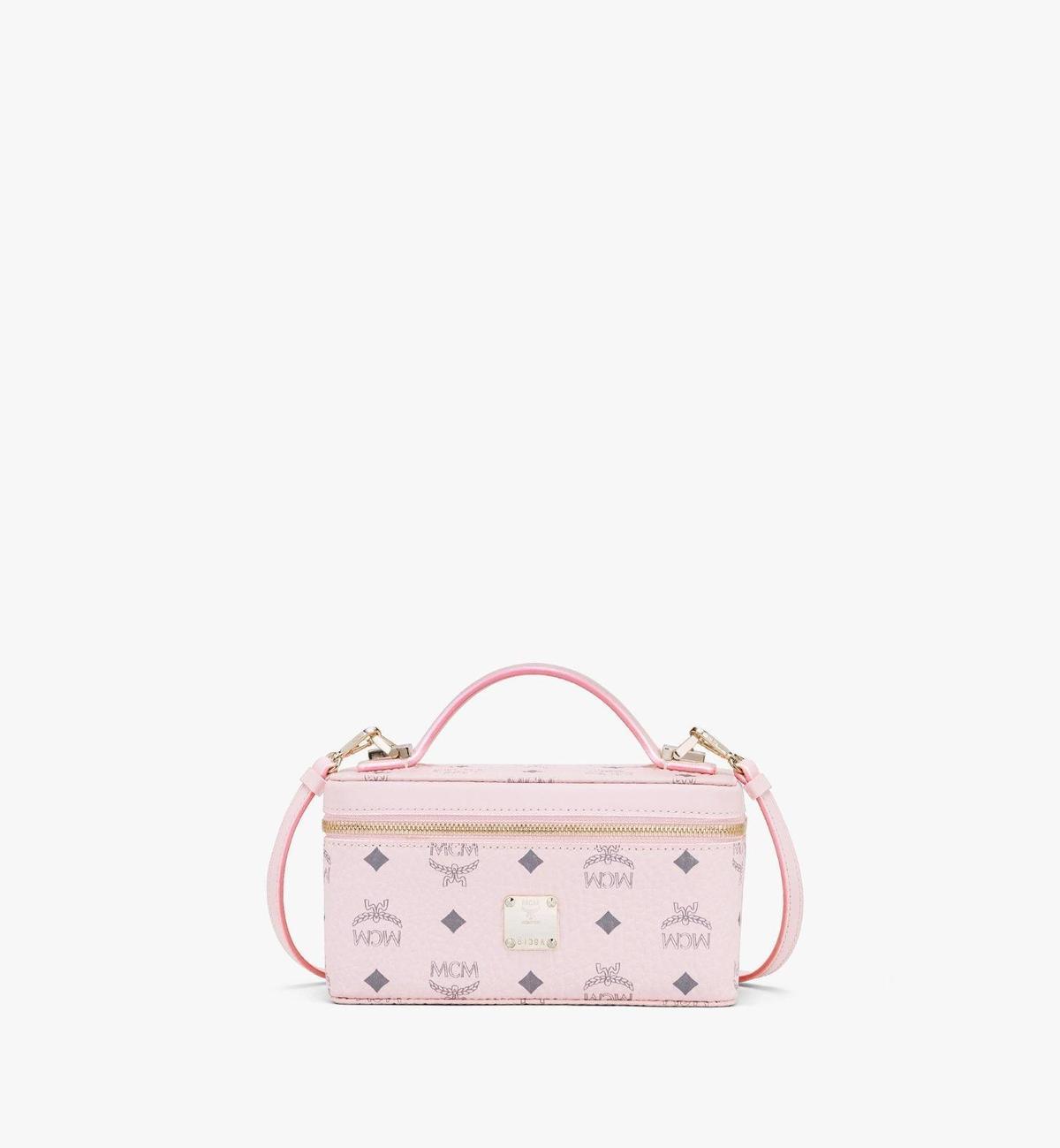 MCM Rockstar Visetos粉色箱型化妝包。NT$18,000(MCM提供)