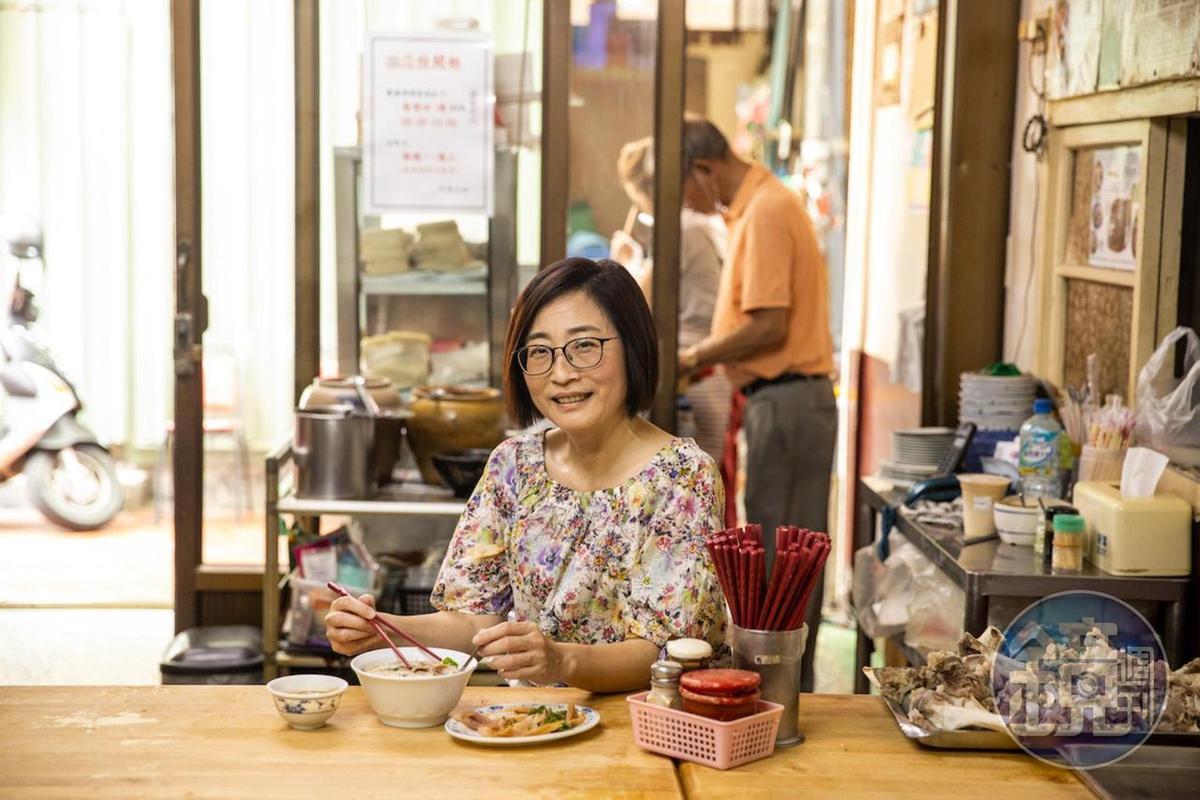 資深美食記者顏怡今帶路的小吃攤,滋味讓人魂牽夢縈。