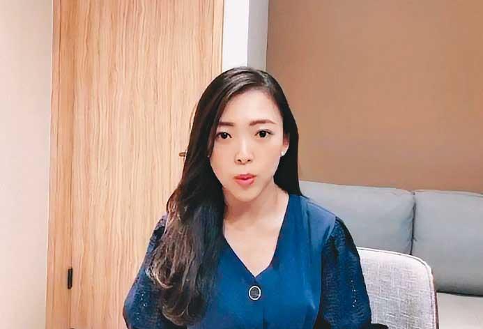 外型姣好、主播出身的市府副發言人白喬茵,近日也被安排親上火線,替韓國瑜辯護。