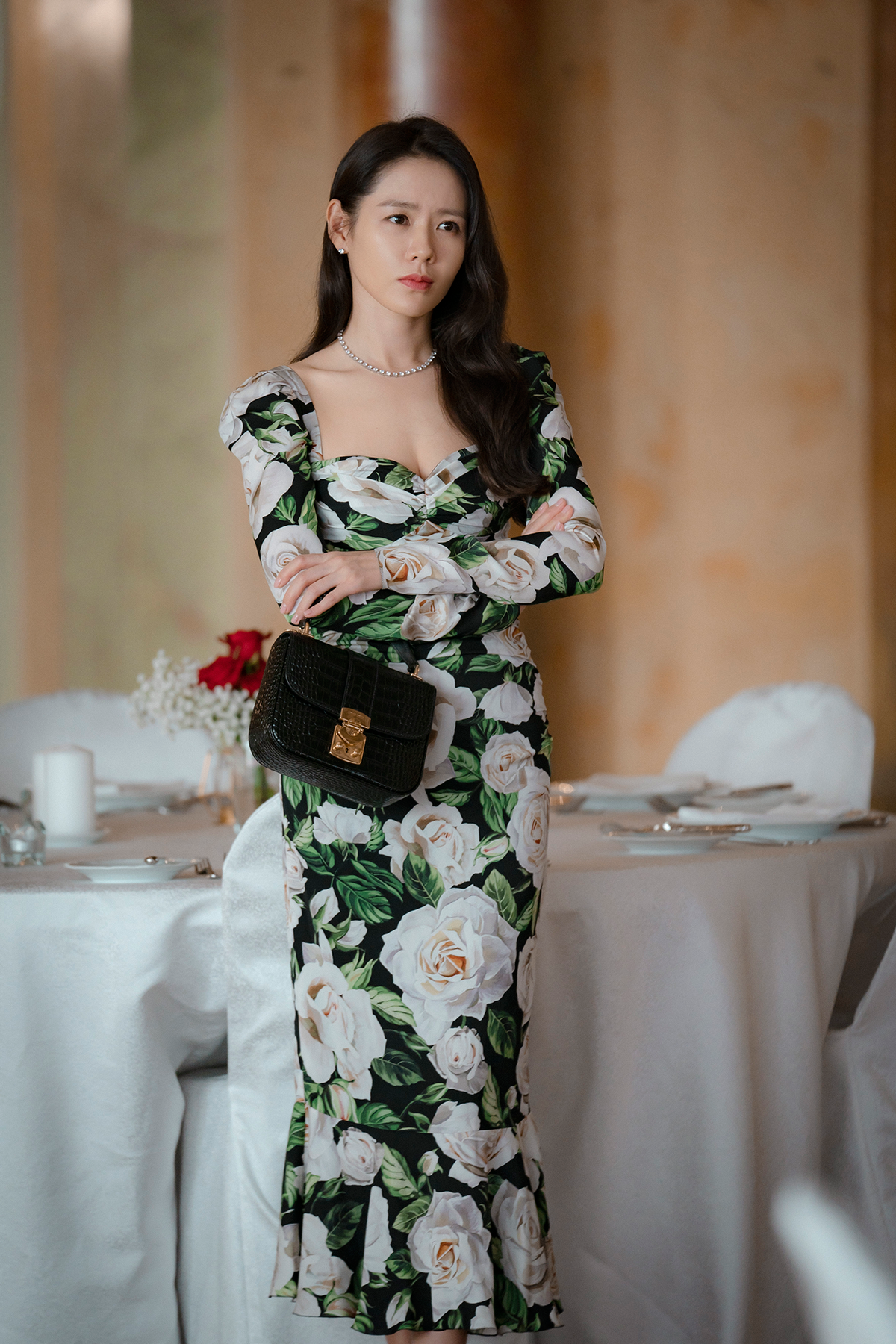 孫藝真今年以夯劇《愛的迫降》翻紅,擠下全球女星在「Starmometer」最美女星票選拿下冠軍。(Netflix提供)