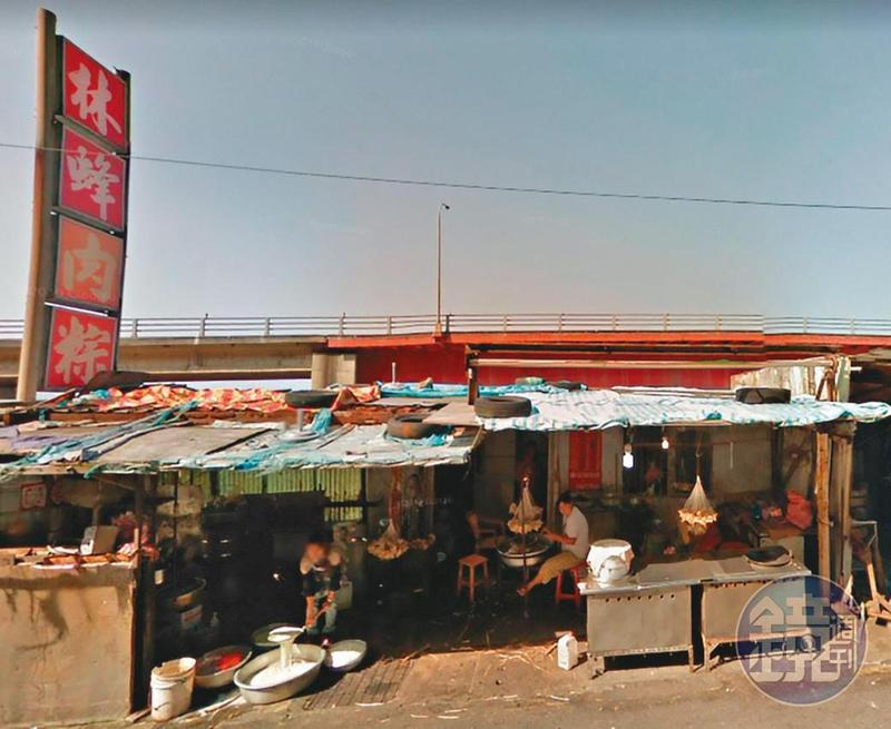 早期林蜂肉粽在十八王公廟前的商店街有店面,但後來因政府整頓遭拆除。(翻攝自Google map)