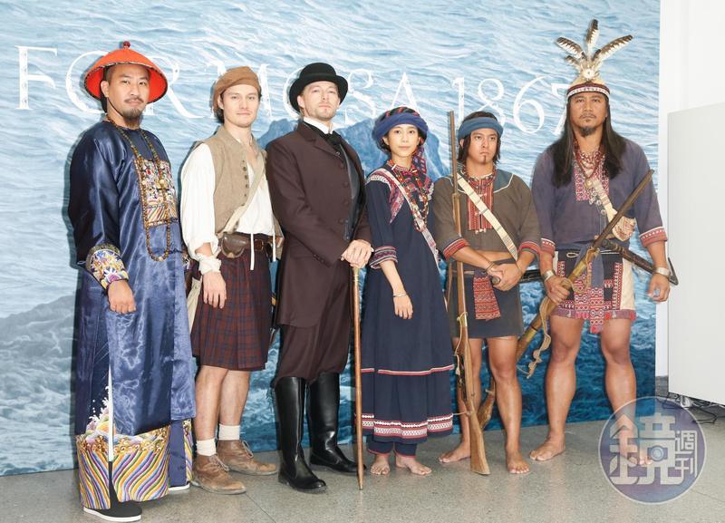 黃健瑋(左起)、周厚安、法比歐、温貞菱、黃遠、馬克・法拉屋樂出席《斯卡羅》定名記者會。