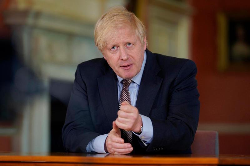 英國首相強生親自宣布將延長持BNO護照的港人在英國的居留時間,為他們移民英國做準備。(翻攝自Boris Johnson臉書)