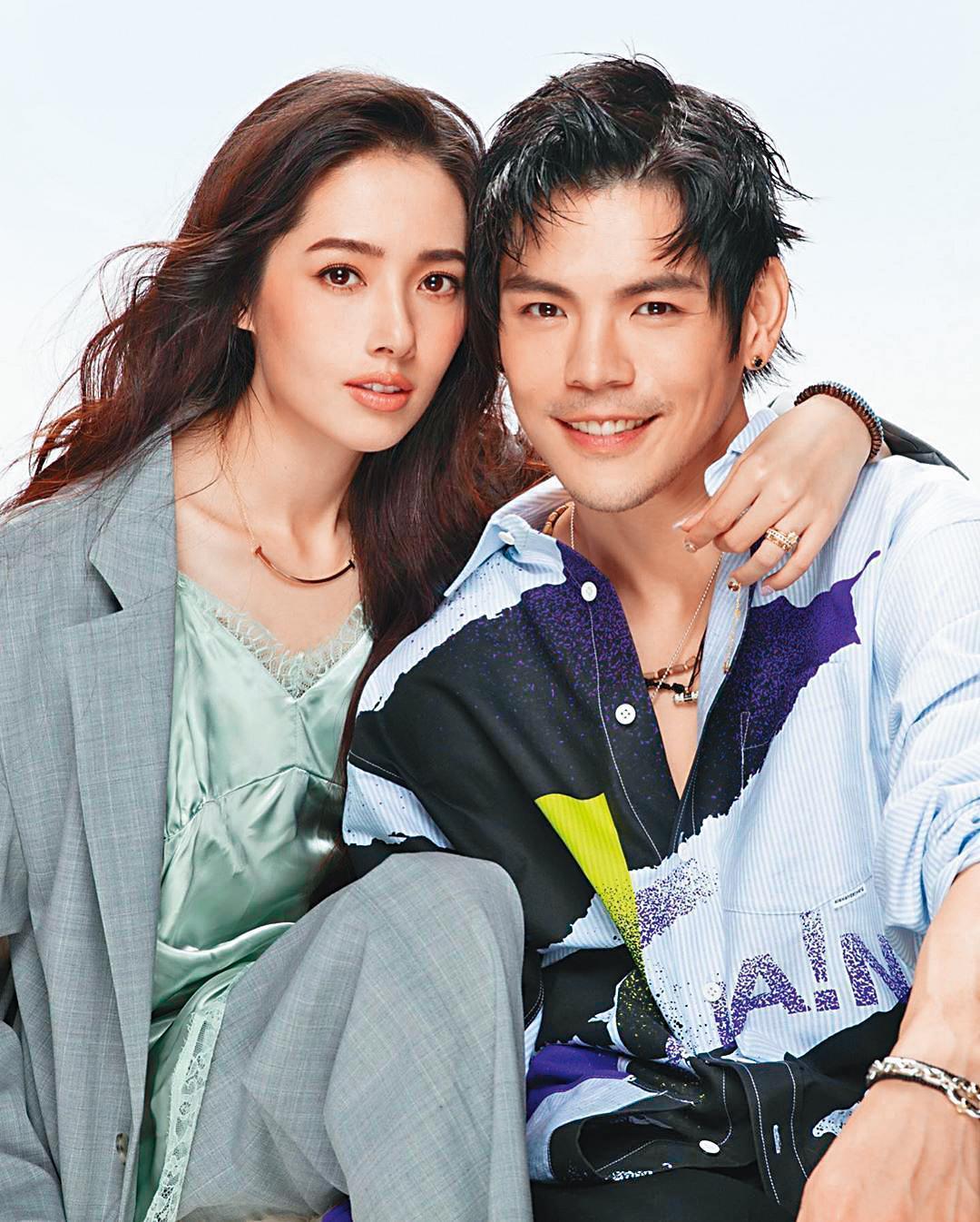 在螢光幕前,向佐和郭碧婷表現相當恩愛,還一起拍知名百貨公司的雜誌封面。(翻攝自向佐IG)
