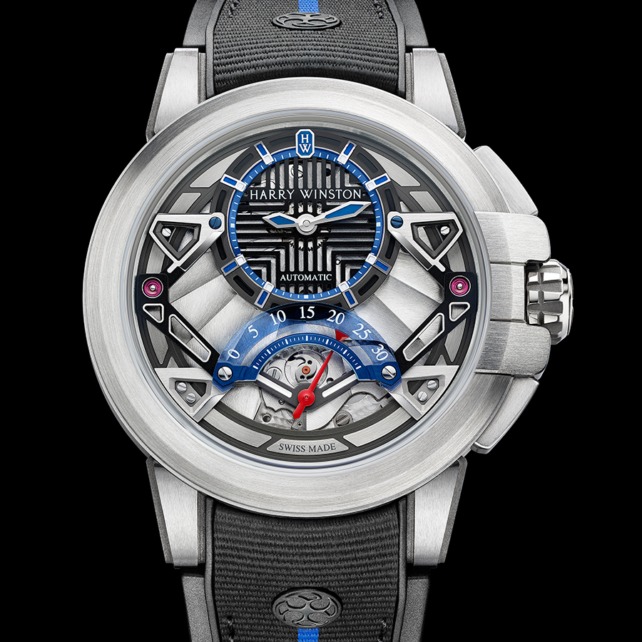 錶徑42.2mm/鋯合金材質/時間指示、30秒逆跳功能/HW2202自動上鏈機芯/防水100米/限量300只/建議售價約NT$ 900,000