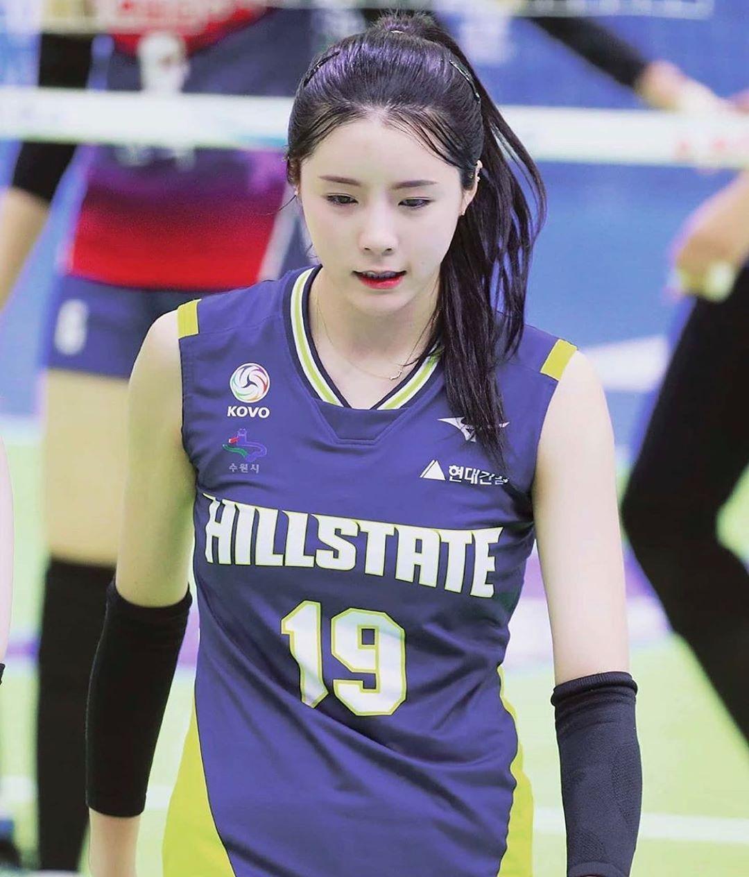 南韓最正排球美女李多英來自運動員家庭。(取自李多英IG)
