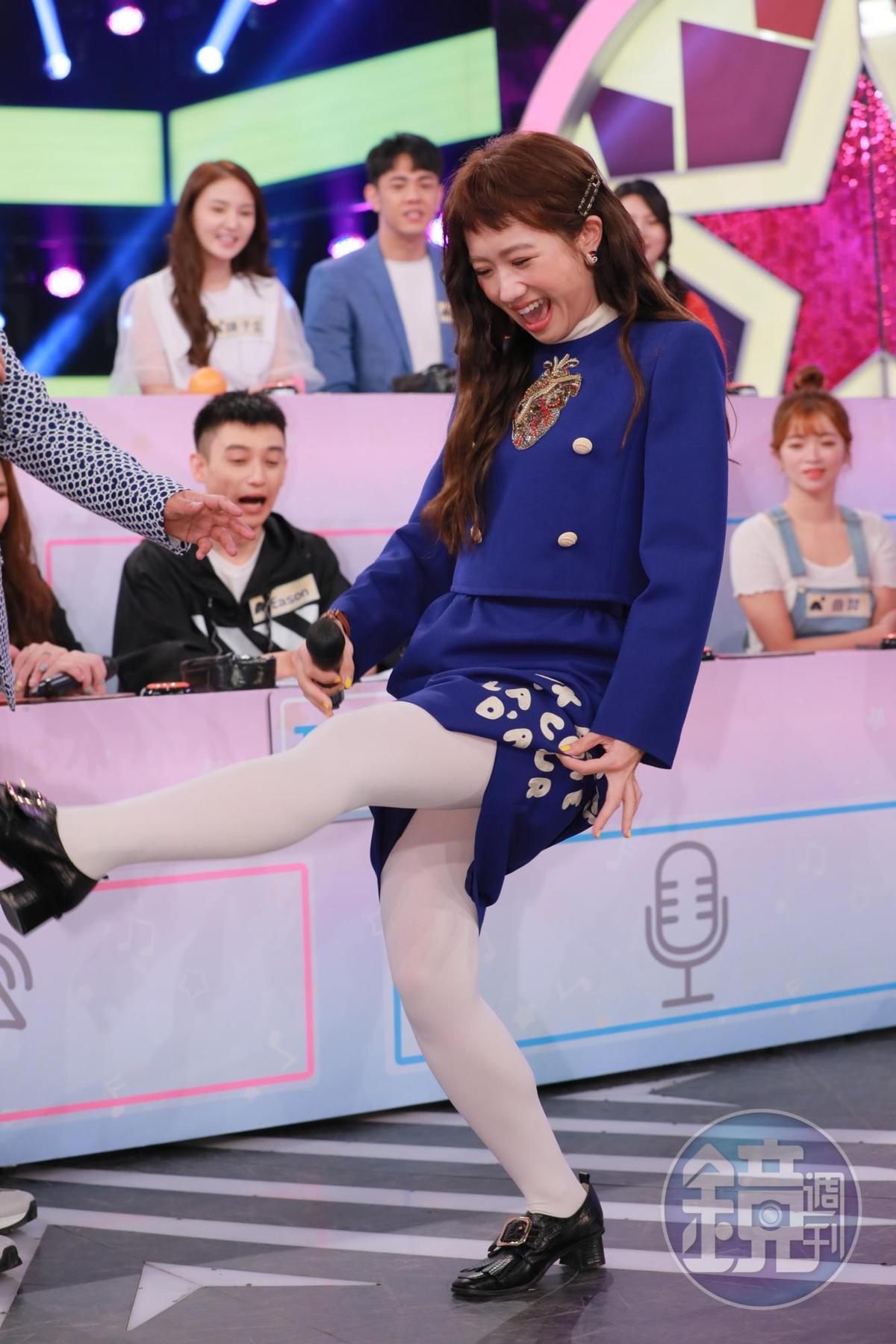 Lulu踢腿跳舞證實自己腳傷痊癒。