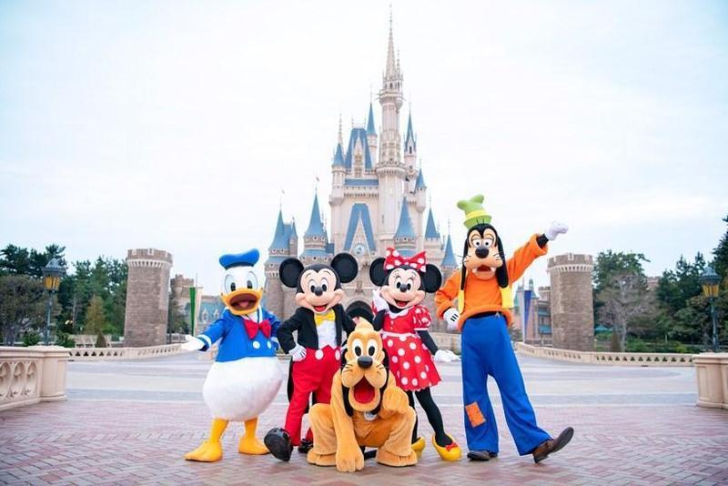 東京迪士尼樂園和東京迪士尼海洋受到疫情影響暫停營業,今宣布7月1日復工。(翻攝東京迪士尼度假區Facebook)