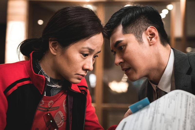林嘉欣與陳家樂在《死因無可疑》有心理戰。(華映提供)