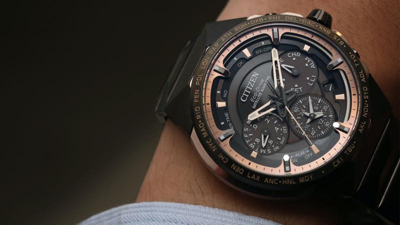 CC4025-82E旗艦限量紀念腕錶 超級鈦材質/錶徑47.5mm/F950光動能GPS衛星對時機芯/世界時區、兩地時間、計時碼錶、萬年曆、鬧鈴功能/10大氣壓防水/全球限量550只、台灣限量2只/建議售價NT$ 158,000 (攝影:李宇勝)