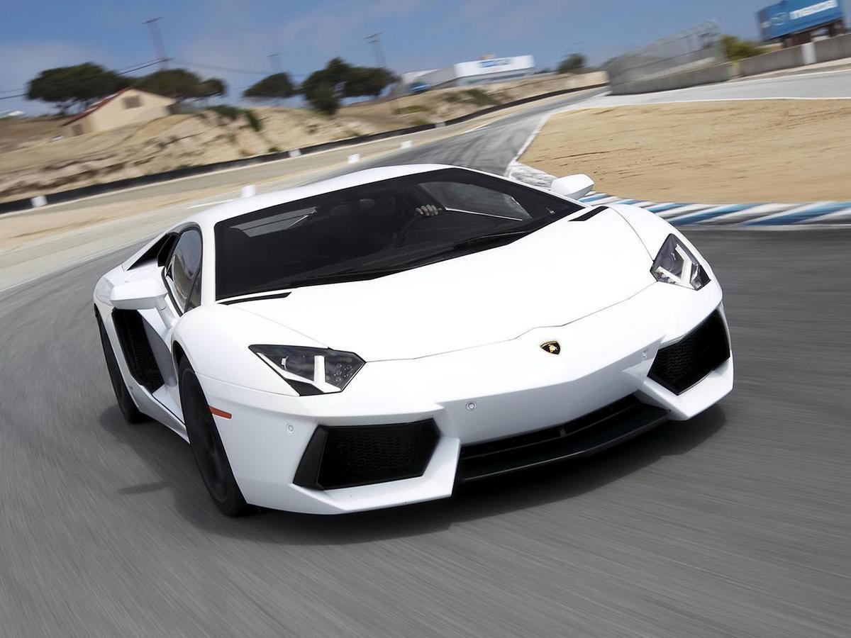 售價動輒比房子還貴的超跑,其實車輛狀況很難預估。