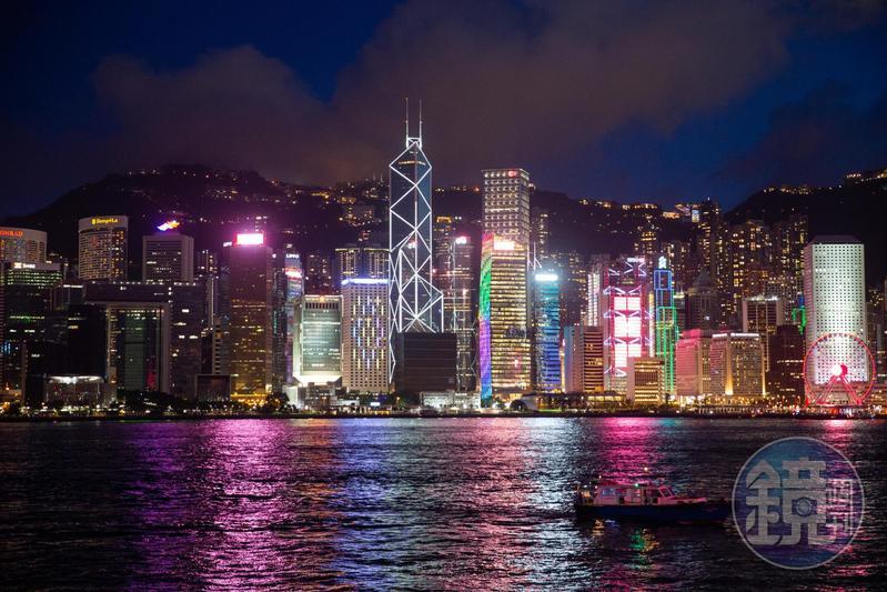 中國全國人大常委會於今(30)日以162票全票通過「港版國安法」草案,特區政府將在今天刊憲實施。