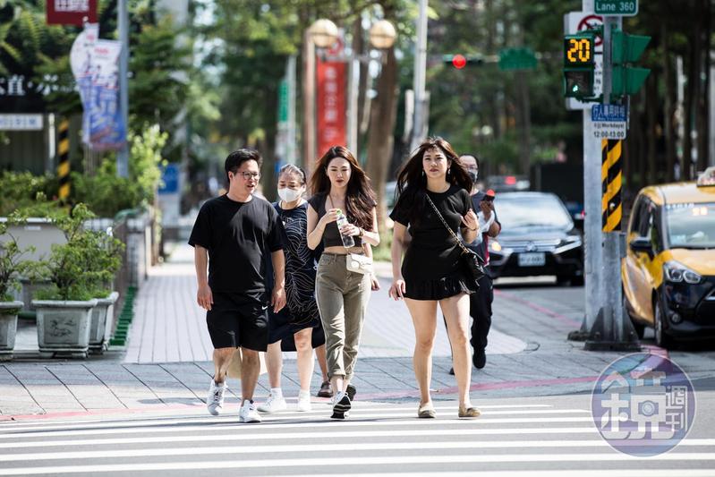中央氣象局表示,未來一季台灣氣溫偏高,夏季高溫可能更加炎熱。(本刊資料照)