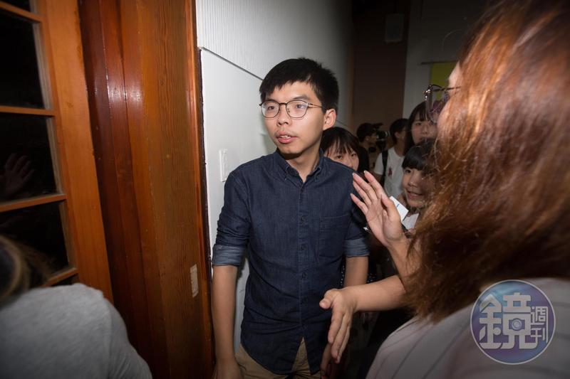 黃之鋒指出國安惡法壓境,在香港從事民主反抗,憂心性命安危已不再是無稽之談。(資料照)
