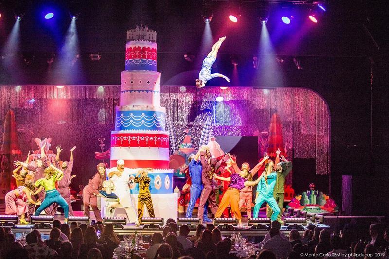 享譽全球的太陽劇團因疫情以來收入歸零,宣布聲請破產保護。(翻攝自Cirque du Soleil臉書)