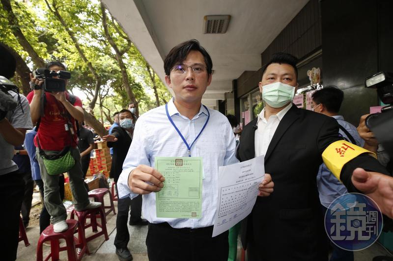 針對大同股東會結果,黃國昌直言是「台灣資本市場既黑暗又可恥的一頁」。