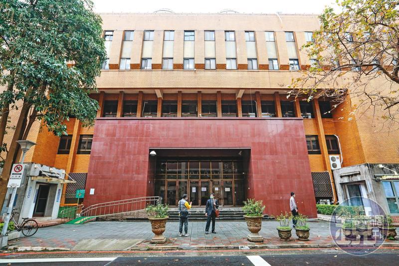 王銓勵指控郭姓學長竄改他的臉書密碼案,正由台北地院(圖)審理中,依法最重可判5年有期徒刑。