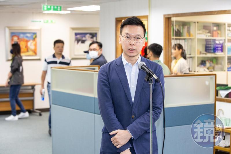 民進黨副祕書長林飛帆,針對中國實施「港版國安法」接受媒體訪問。