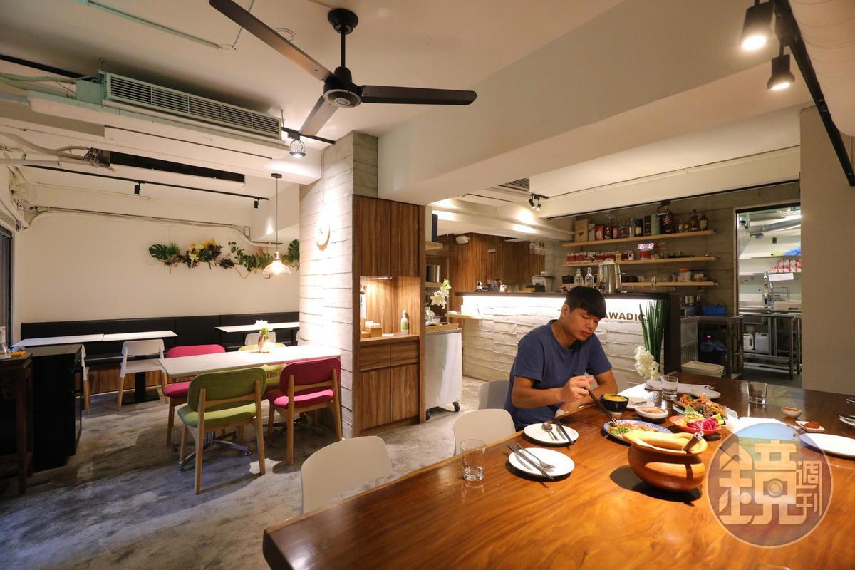 近期店內擴大空間,能容納更多客人,用餐氛圍也更舒適。