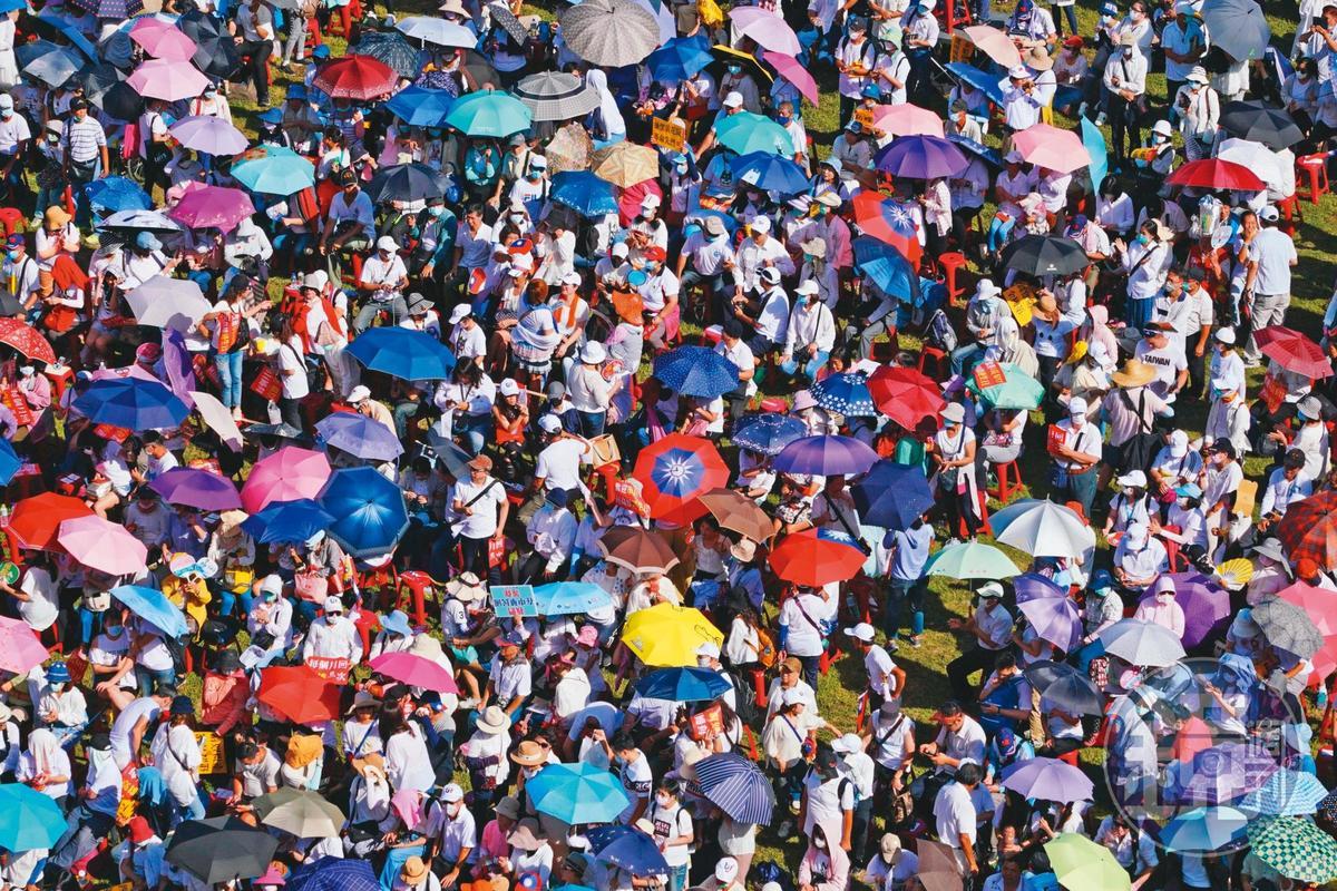 罷韓通過後,當年因挺韓而聚集的韓粉,未來是否持續相挺,牽動韓國瑜的下一步。